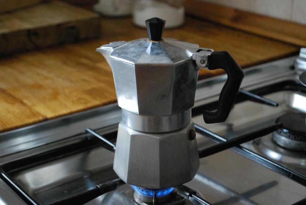 cafetiere italienne feu doux ou fort