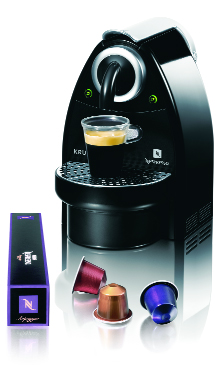cafetiere nespresso a capsule. Black Bedroom Furniture Sets. Home Design Ideas
