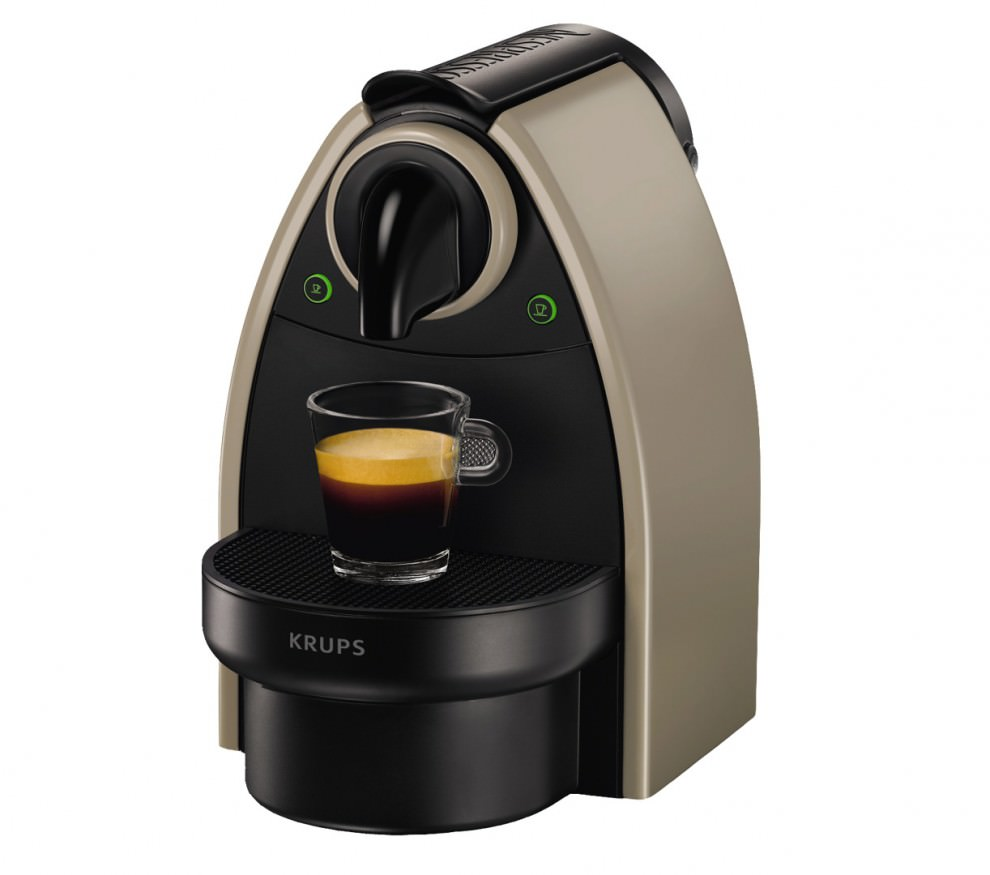 cafetiere nespresso essenza automatique