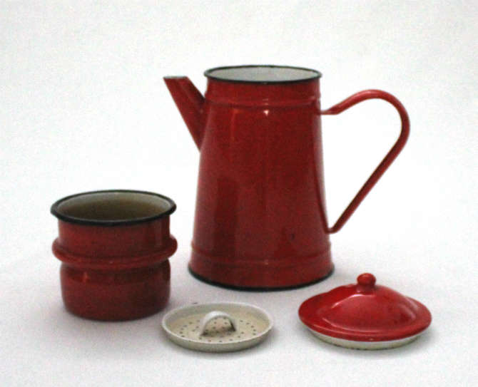 cafetiere vintage rouge