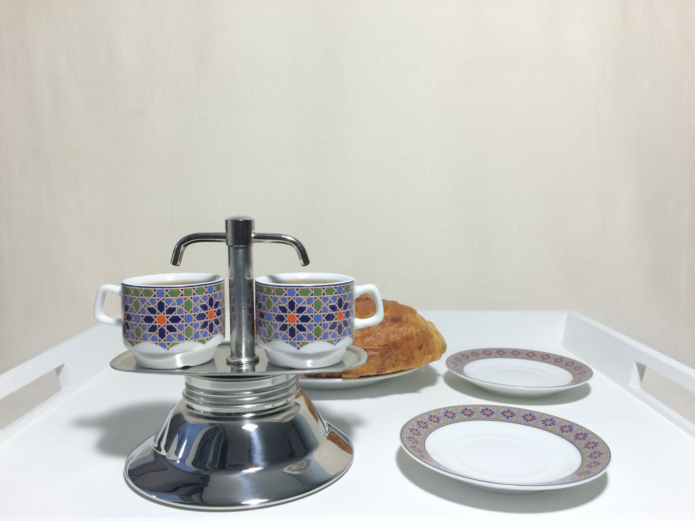 cafetiere italienne 2 tasses induction