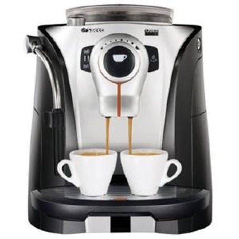 cafetiere qui broie le cafe